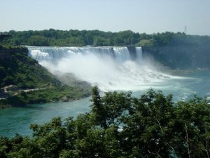 I once went to Niagara Falls alone- and it was a perfect escape.